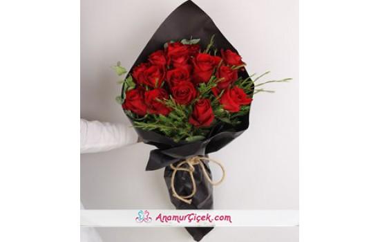 Red Lovers Kırmızı Gül Buketi